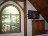 "Master Bed Room Circle Head Window & 42"" TV"